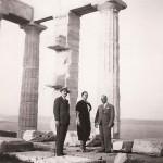 Με τον Παπανδρέου και τον Γεωργόπουλο στο Σούνιο, 1935