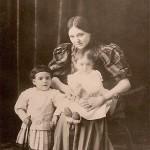 Η Κυβέλη με την Αλίκη και την Μιράντα