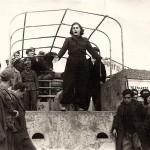 """Κατοχή, η Μιράντα απαγγέλλει στην επαρχία με το """"Θέατρο του Βουνού"""""""