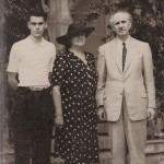 Με τον Γεώργιο Παπανδρέου και το Γιωργάκη στην Cava de' Tirreni, 1944