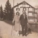 Βόλτα με τον Γεώργιο Παπανδρέου στην Αρόζα, Ελβετία το 1927