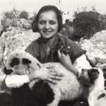 Η Αλίκη Θεοδωρίδη σε νεαρότατη ηλικία